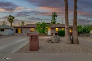 2302 W CHEERY LYNN Road, Phoenix, AZ 85015