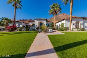 5104 E PALOMINO Road, Phoenix, AZ 85018