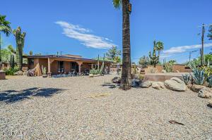 7124 E CHAPARRAL Road, Paradise Valley, AZ 85253