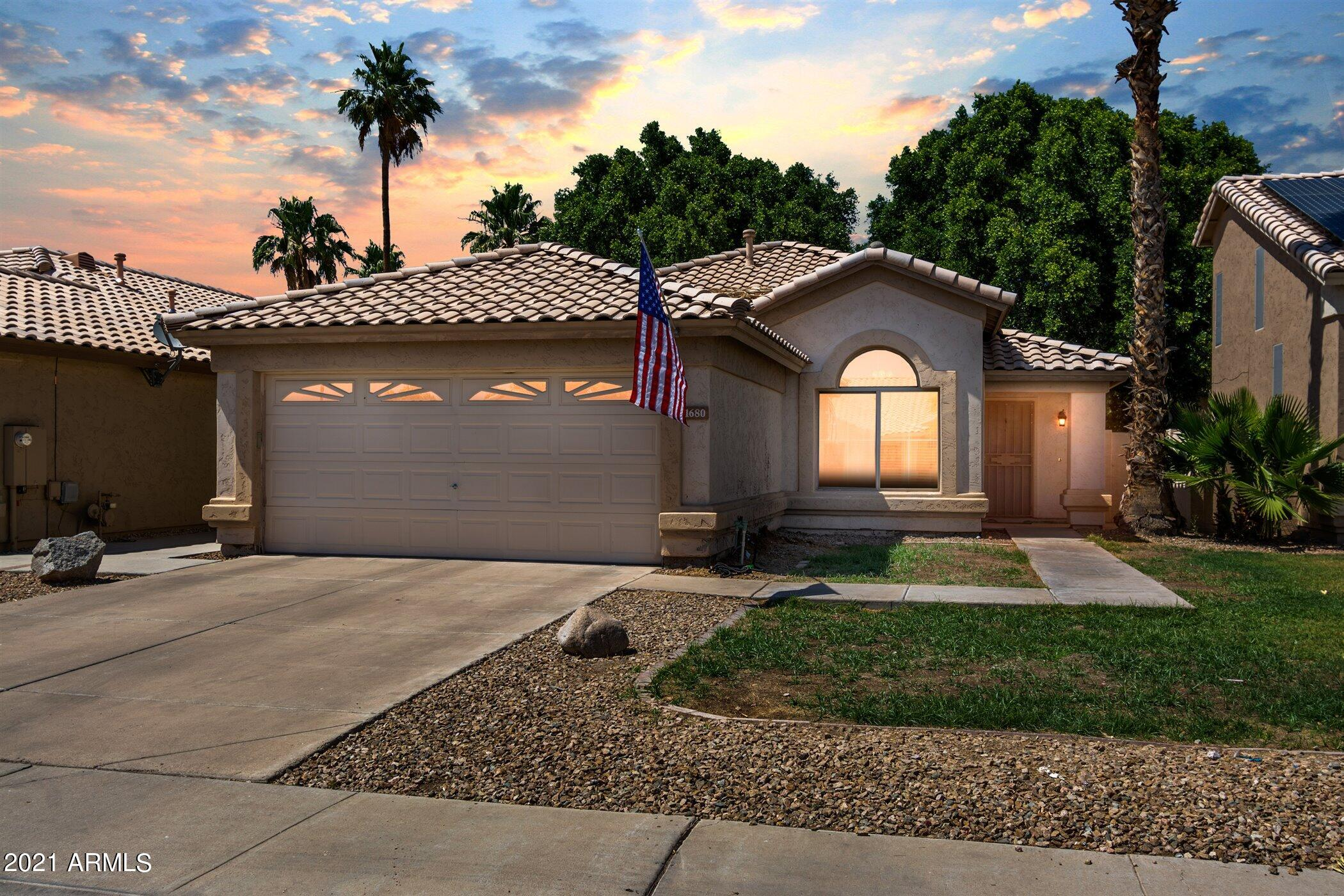1680 Barbarita Avenue, Gilbert, Arizona 85233, 3 Bedrooms Bedrooms, ,2 BathroomsBathrooms,Residential,For Sale,Barbarita,6241937
