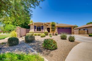 2664 E LODGEPOLE Drive, Gilbert, AZ 85298