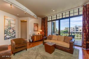 8 E BILTMORE Estate, 206, Phoenix, AZ 85016