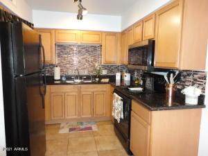 1702 W TUCKEY Lane, 221, Phoenix, AZ 85015