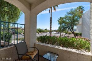 16715 E EL LAGO Boulevard, 101, Fountain Hills, AZ 85268