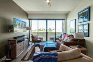2300 E CAMPBELL Avenue, 330, Phoenix, AZ 85016