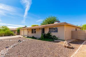 8237 E PLAZA Avenue, Scottsdale, AZ 85250