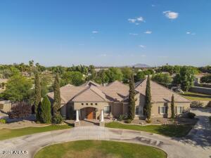351 S Park Grove Lane, Gilbert, AZ 85296