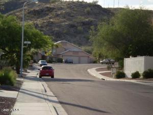 2235 E TAXIDEA Way, Phoenix, AZ 85048