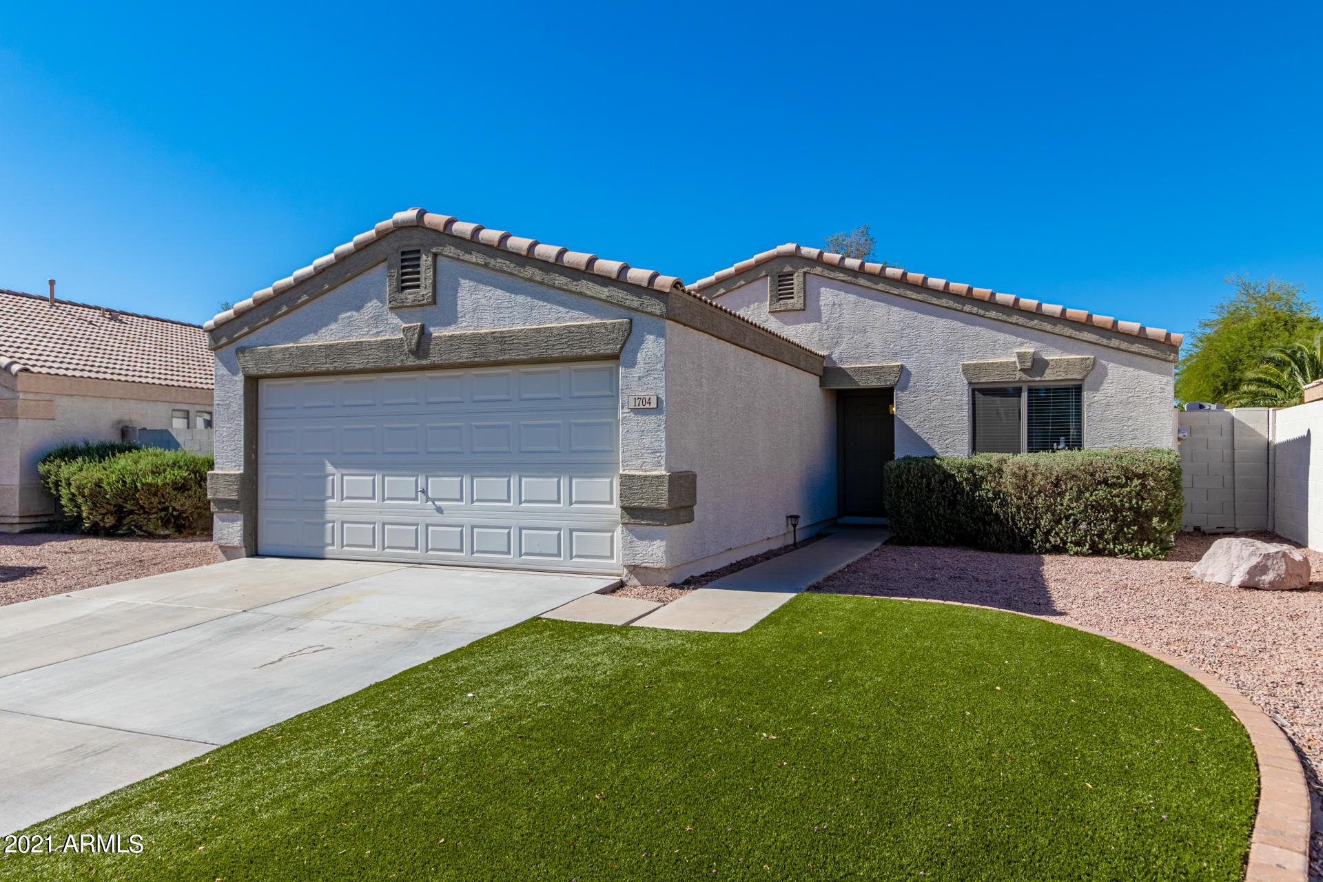 1704 CHEYENNE Street, Gilbert, Arizona 85296, 2 Bedrooms Bedrooms, ,2 BathroomsBathrooms,Residential,For Sale,CHEYENNE,6243234