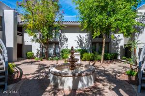 5223 N 24TH Street, 102, Phoenix, AZ 85016
