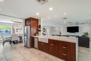 5429 E BLOOMFIELD Road, Scottsdale, AZ 85254