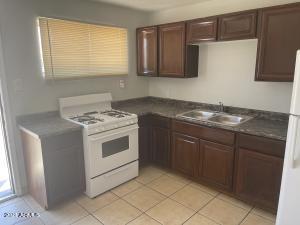 2706 W MISSOURI Avenue, 15, Phoenix, AZ 85017