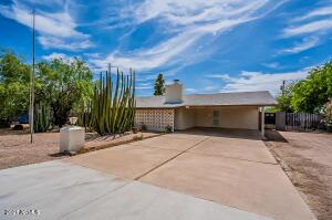 684 S PALO VERDE Drive, Apache Junction, AZ 85120