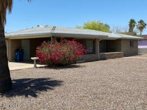 1576 S Royal Palm Road, Apache Junction, AZ 85119