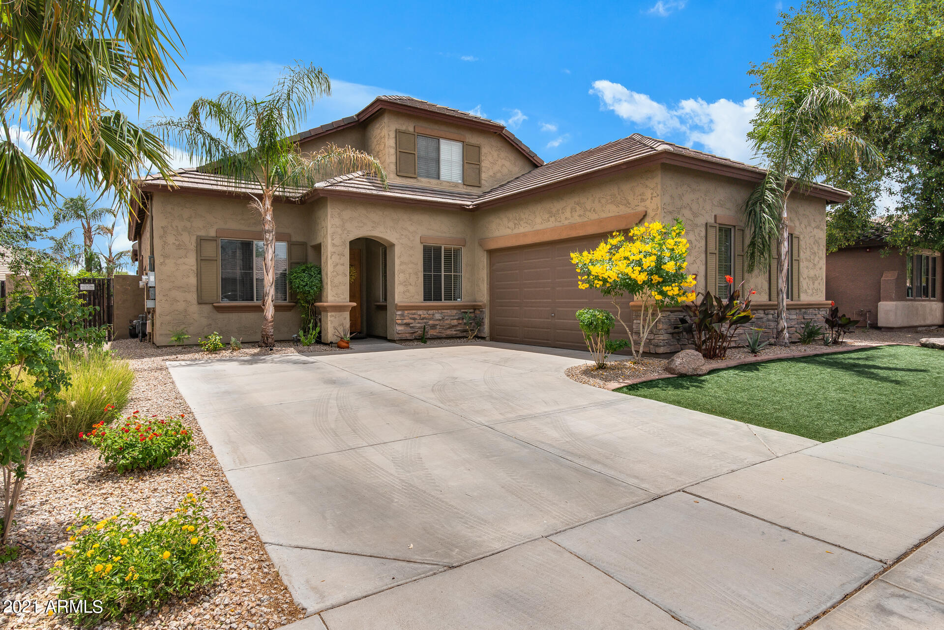 14565 W Desert Hills Drive