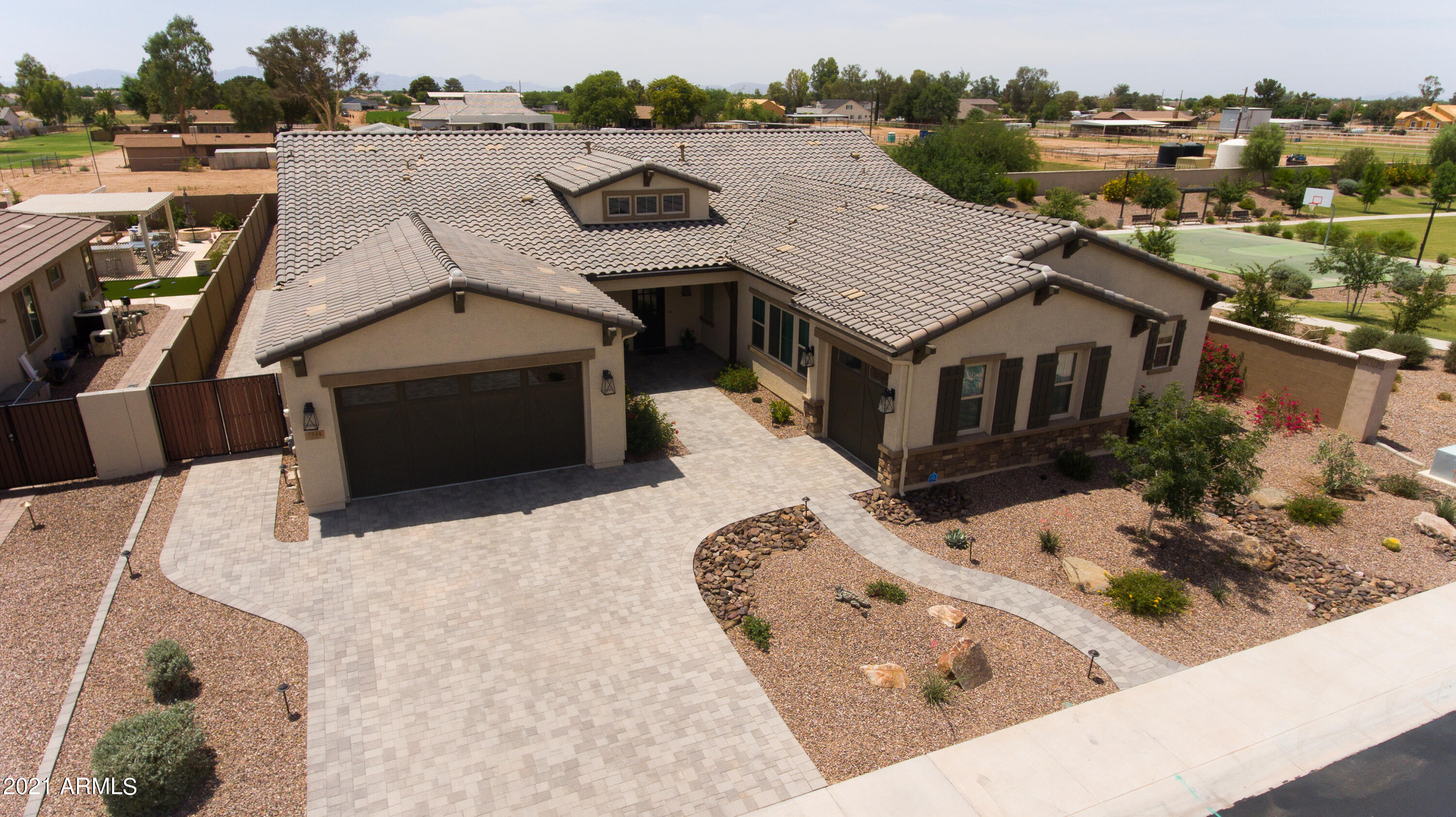 7544 S PEPPERTREE Drive