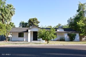 2825 E PIERSON Street, Phoenix, AZ 85016