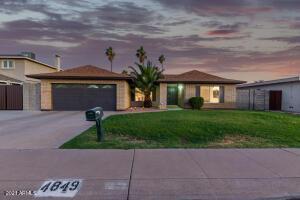 4849 W NORTH Lane, Glendale, AZ 85302