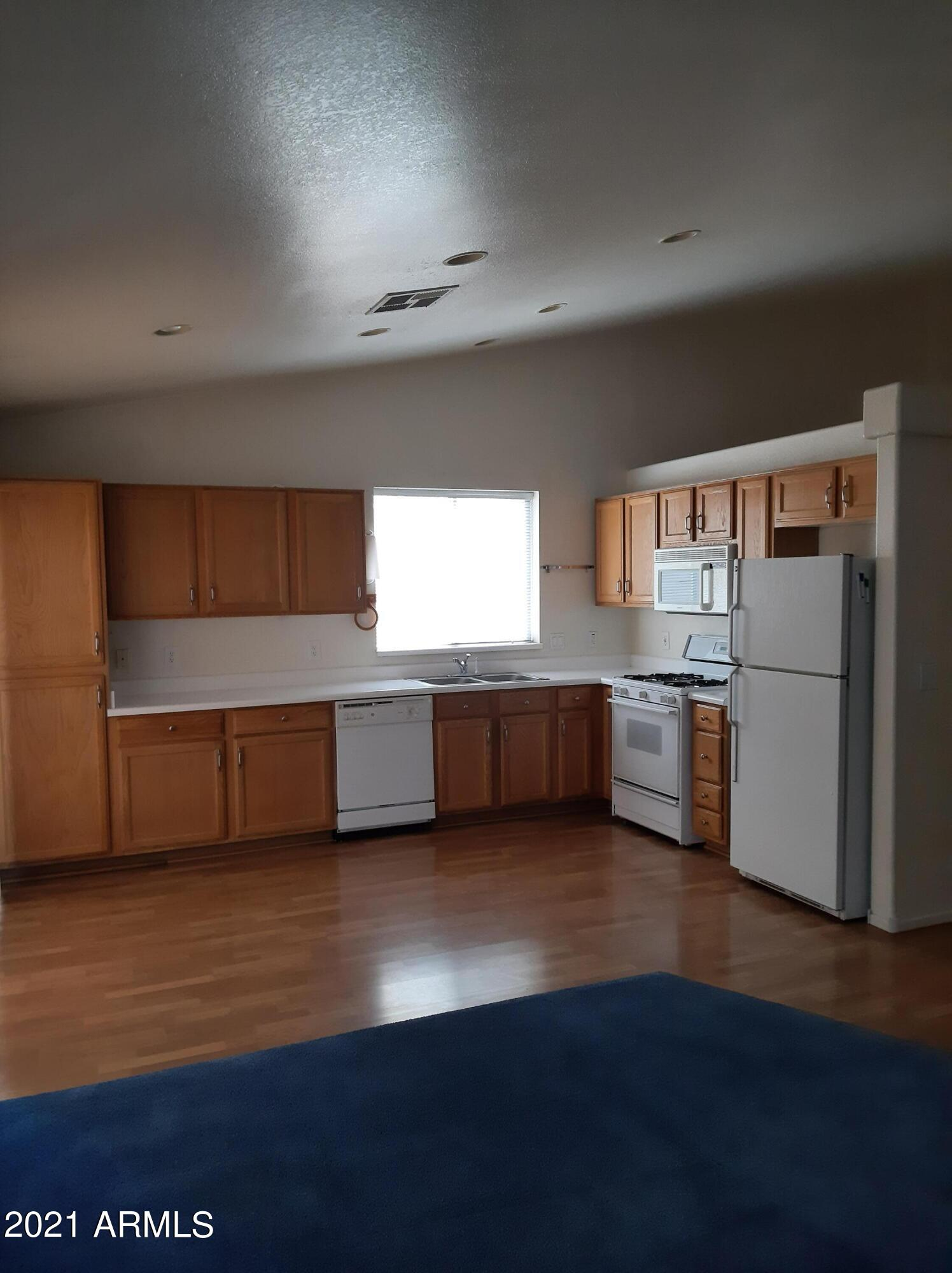 1000 Hudson Way, Gilbert, Arizona 85233, 3 Bedrooms Bedrooms, ,2 BathroomsBathrooms,Residential,For Sale,Hudson,6247501