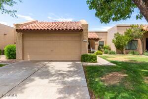 722 W STERLING Place, Chandler, AZ 85225