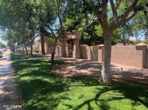 810 E COLTER Street, 15, Phoenix, AZ 85014