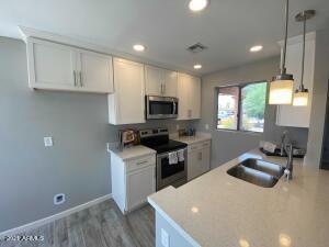 602 W TONOPAH Drive, 1, Phoenix, AZ 85027