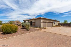 18825 W AMELIA Avenue, Litchfield Park, AZ 85340