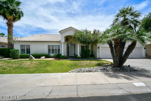 9439 E YUCCA Street, Scottsdale, AZ 85260