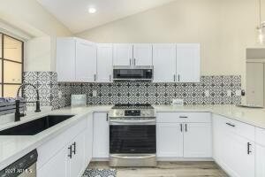 921 W UNIVERSITY Drive, 1013, Mesa, AZ 85201