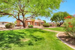 4116 E Triple Crown Drive, San Tan Valley, AZ 85140