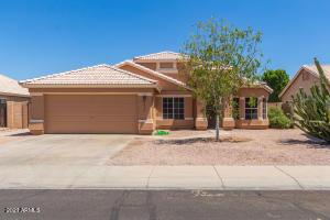 270 W WINDSOR Drive, Gilbert, AZ 85233