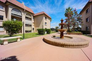 3033 E DEVONSHIRE Avenue, 1025, Phoenix, AZ 85016