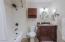 Full bath off Master bedroom