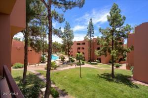 12222 N PARADISE VILLAGE Parkway S, 323, Phoenix, AZ 85032