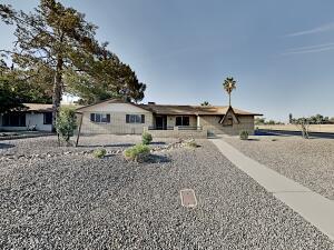 5255 W ROYAL PALM Road, Glendale, AZ 85302