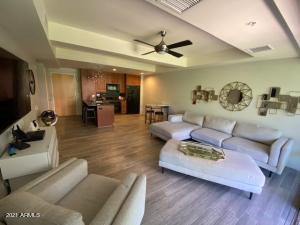 7151 E RANCHO VISTA Drive E, 3003, Scottsdale, AZ 85251