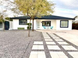 2020 E Weldon Avenue, Phoenix, AZ 85016