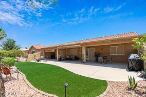 24406 S STARCREST Drive, Sun Lakes, AZ 85248