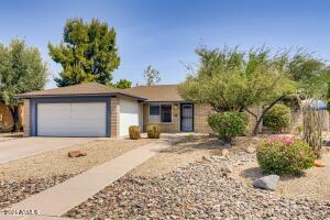 2234 W UTOPIA Road, Phoenix, AZ 85027