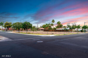 106 W ELLIOT Road, 8, Gilbert, AZ 85233