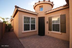 2150 E GERONIMO Street, Chandler, AZ 85225