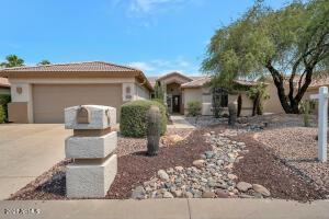 15607 W WHITTON Avenue, Goodyear, AZ 85395