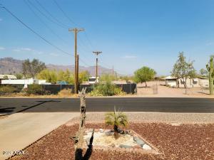 2206 S VISTA Road, Apache Junction, AZ 85119