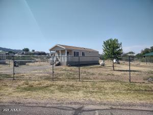17490 W WESTWARD Drive, Yarnell, AZ 85362