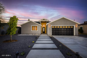 1808 E CLARENDON Avenue, Phoenix, AZ 85016