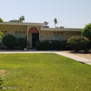 13421 N EMBERWOOD Drive, Sun City, AZ 85351