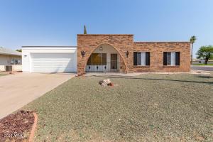 10702 W HUTTON Drive, Sun City, AZ 85351