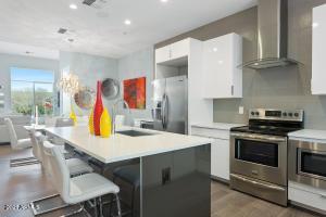 16510 N 92ND Street, 1021, Scottsdale, AZ 85260