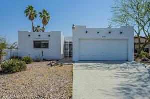 435 S OLMO Circle, Apache Junction, AZ 85120