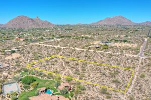 92X0 E Desert Vista Drive, -, Scottsdale, AZ 85255